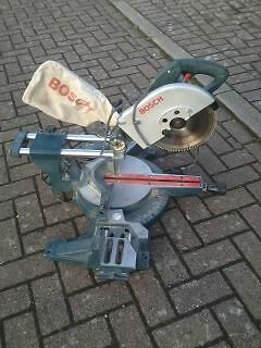 Bosch proffessional mitre saw