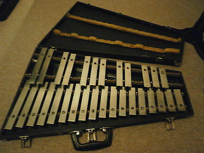 A PREMIER 2.5 Octave  orchestral Chromatic Professional Glockenspiel cased