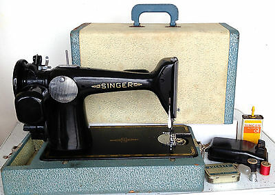 VTG Singer Featherweight Sewing Machine 221 Carrying Case Extras Centenial RARE