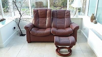 EKORNES STRESSLESS  brown leather reclining sofa and two chairs with stools
