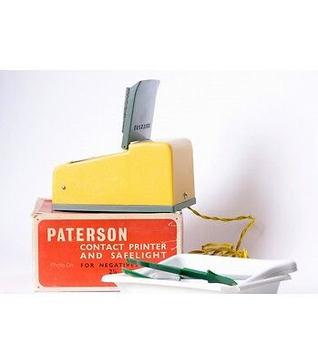 Paterson contact printer 6x9 + safe light & accesories. Working