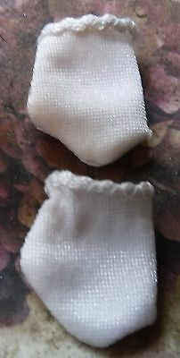 "Vintage Fits Madame Alexander Cissette  Or 12"" Doll  White Gloves - Short Style"