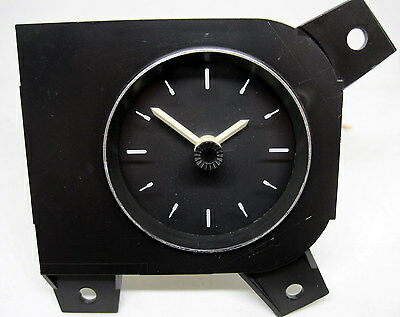 VR VS Holden Commodore Statesman Genuine Dash Clock Black 92052496