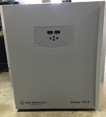 New Brunswick Galaxy CO 170S Incubator Excellent Lightly Used Condition