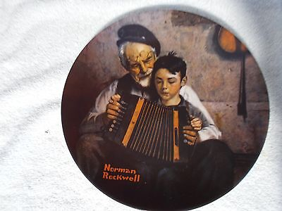 Collector's Plate Norman Rockwell Heritage Collection The Music Maker XLNT