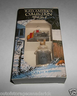 Schmid Lowell Davis 1st Annual Country Christmas RFD Mailbox Ornament 1983 - New