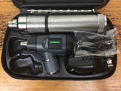 WELCH ALLYN DIAGNOSTIC SET Macroview Otoscope 23810 Ophthalmoscope 11710