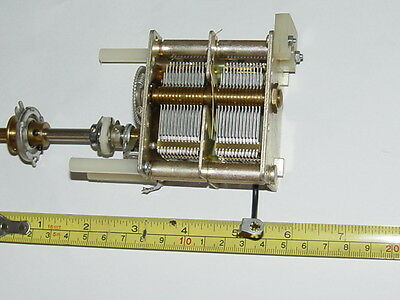 2 x 520pF Variable Capacitor with geared spindle