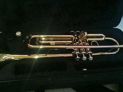 Trumpet Prelude by Bach TR700 with case