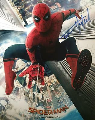 TOM HOLLAND signed 10x8 photo SPIDER-MAN HOMECOMING (Peter Parker) autograph/coa