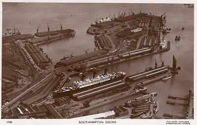 Southampton Docks Air Aerial View unused RP old pc Pan Aero Pictures