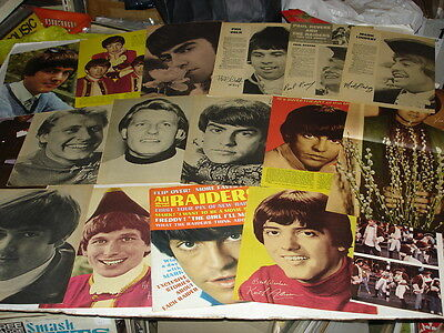 PAUL REVERE & THE RAIDERS magazine pinup LOT of 18 rare 1960's Lindsay