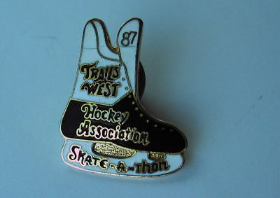 1987 Tails West Hockey Association Skate A Thon Lapel Hat Souvenir Pin
