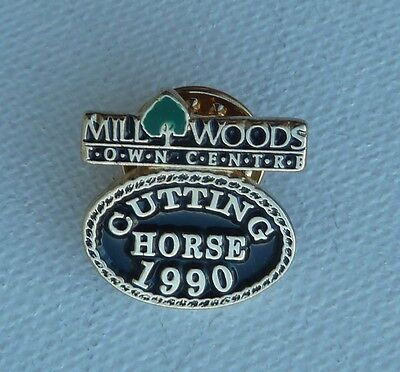 1990 Cutting Horse Event Mill Woods Town Center Alberta Canada Lapel Pin