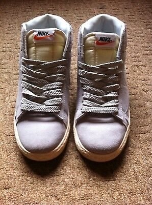 Womens Nike Trainers Size 4.5