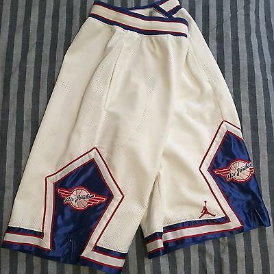 Nike Jordan basketball shorts / Large