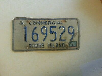 Rhode Island Used Commercial License Plate 169529 (1) plates
