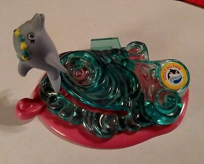 Vintage Sea World Dolly Dolphin Toy - Kenner Moving Dolphin Toy
