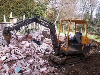 Mini digger and driver hire, Sheffield .chesterfield .derbyshire. worksop