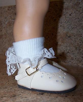 Creme tiny hearts Chatty Cathy size shoes, briefly displayed, working buckle