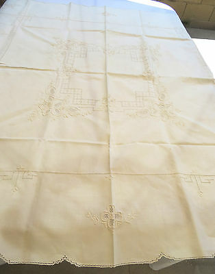 Vintage Handmade Drawnwork Tablecloth Off White Linen Floral 47x50