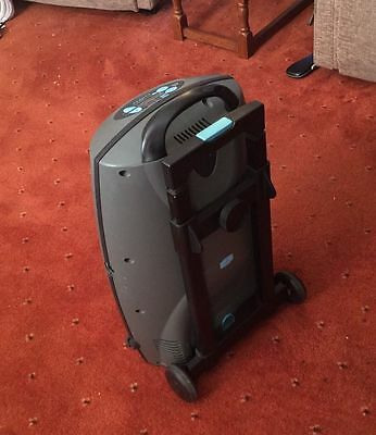 Oxygen concentrator (Sequal Eclipse)
