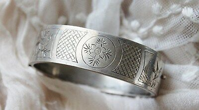 Victorian AESTHETICS movement etched sterling silver plate hinged cuff bracelet