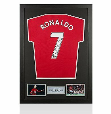 Framed Cristiano Ronaldo Signed Manchester United Shirt - Number 7 Autograph