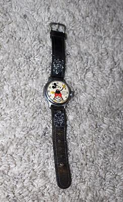 Ex:disney1934 Ingersoll Mickey Mouse Wristwatch+Leather Band(Round Tip)+Charms