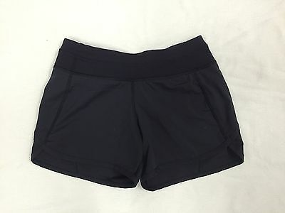 IVIVVA black RELAY RACER shorts -- Size 8 Years