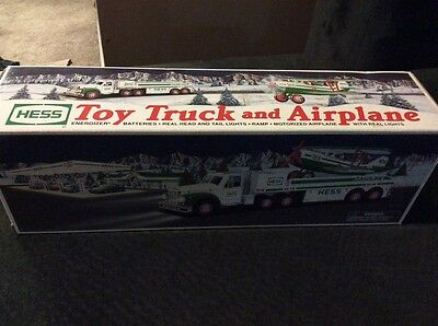 2002 Hess Toy Truck and Airplane, Head &Taillights,Ramp,Motorized Plane w/Lights