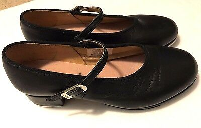 Girls Barely Worn size 13.5 medium Bloch black leather tap shoes