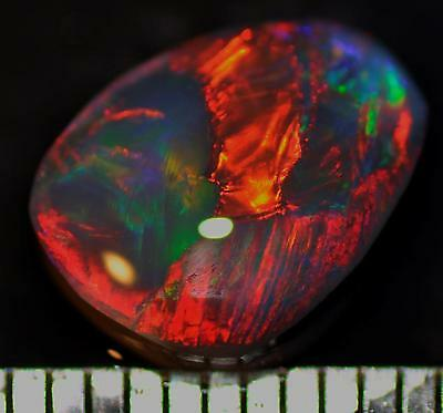 2.75 Carats Of Solid Gem Quality Lightning Ridge Rough Rubbed Opal High Grade!