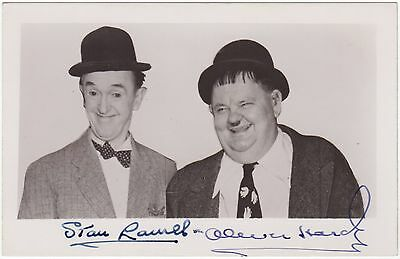 Stan Laurel & Oliver Hardy - excellent condition signed photograph