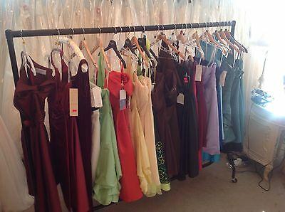 24 x VARIOUS MORILEE, ROMANTICA, ETERNITY, SHORT,PROM/BRIDESMAID DRESSES.