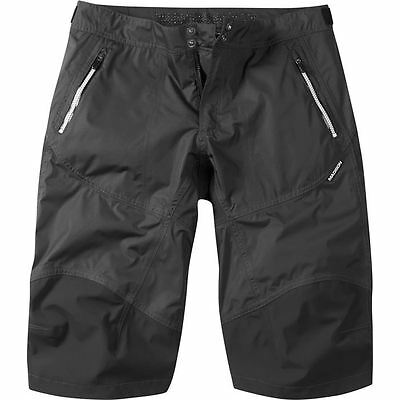 Madison SHORT Addict WP men Phantom LG | Size = Large | Colour = Phantom