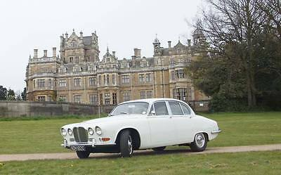Daimler 420 4.2 Straight 6 Auto Saloon 1969 T&T Wedding Prom Classic Car Jaguar