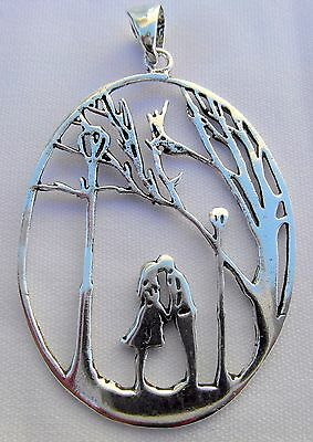 Sterling Silver  (925)  Lovers  Kissing    Pendant    !!       Brand  New  !!