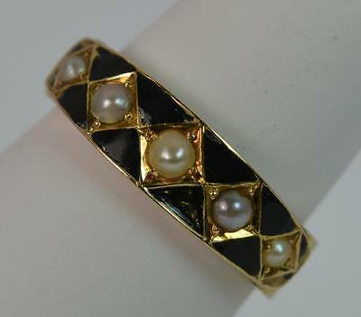1873 Victorian 18ct Gold Pearl & Enamel Mourning Ring t0635