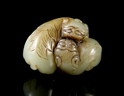 Chinese Qing Dynasty Double Foo Dog Nephrite Jade Carving