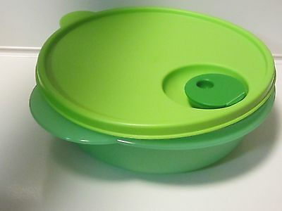 Tupperware crystal wave microwave green lunchen dish & lid reheatable bowl new