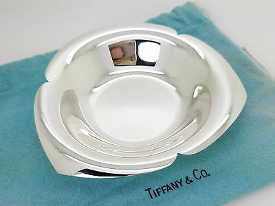 Tiffany & Co. Makers Sterling Silver Large 3 Heart 5 1/4' In Candy Nut Dish Bowl