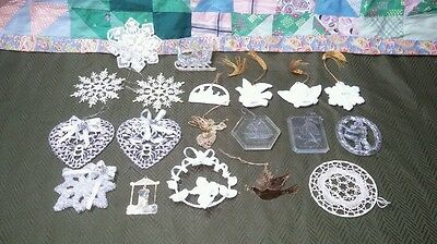 19 Vintage Christmas Tree Ornaments Lot: 4 1980S Avon, 3 Brass, Snowflakes Etc
