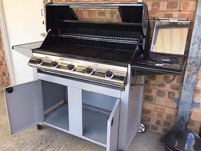 Beefeater BBQ Signature Classic 5 burner cabinet trolley