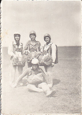 Romania Military Photo - Romanian Air Force Paratroops Rare Photo