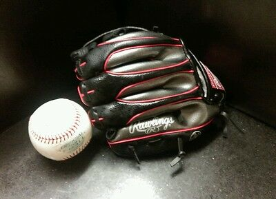 "RAWLINGS 9"" Baseball Glove and ball. Alex Rodriguez autograph edition"