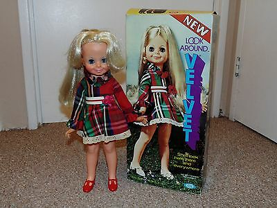 1972 Ideal Crissy Look Around Velvet Doll with Canadian Box & Instructions