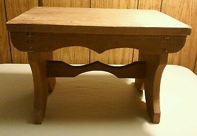 "Vtg Beautiful ANTIQUE Primitive WOOD Hand Made 16"" x 11"" x 11"" Foot BENCH Stool"