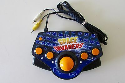 Space Invaders Arcade Plug It In & Play TV Game Systems-NICE!