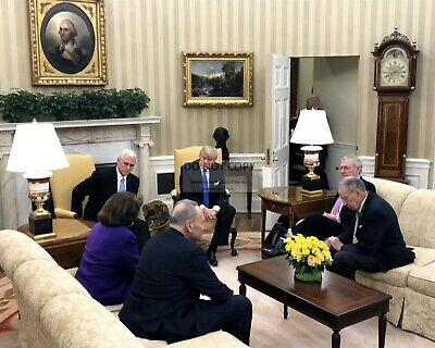 Donald Trump, Mike Pence & Senate Leaders In The Oval Office 8X10 Photo (Zy-735)